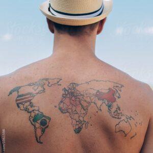 Tattoo prisberegner har hjulpet mand med at beregne pris på rygtatovering